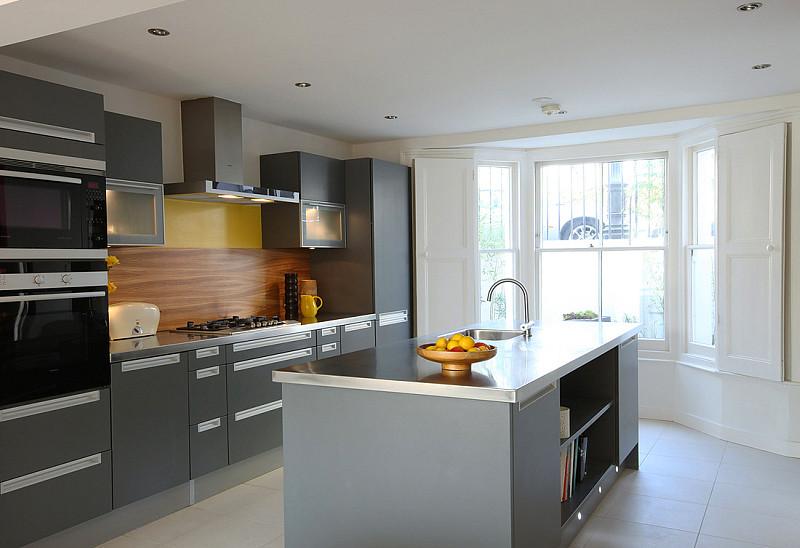 Beyaz Gri Hazır Mutfak Modeli