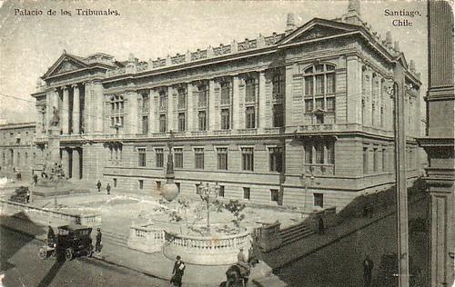 los tribunales y apenas se ve el Consulado