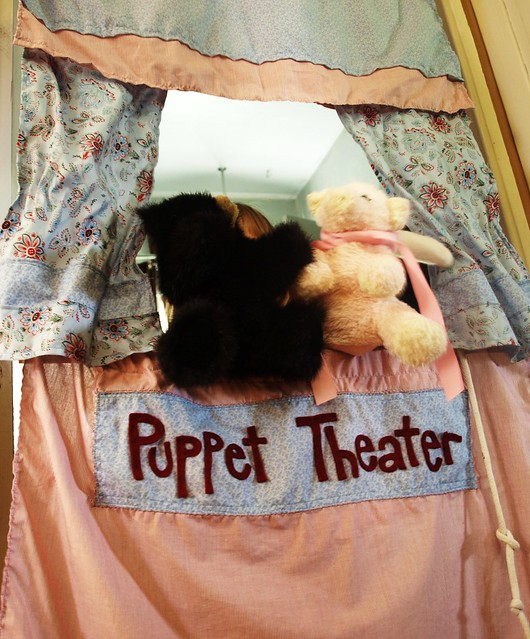 Puppets 004