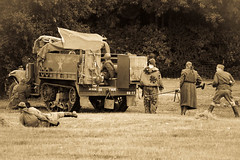 IMG_8486_August 30, 2010 (dvdyke) Tags: horse canon eos cowboy war peace general indian wwi wwii battle rifles captain stormtrooper soldiers guns samurai katana odyssey swords period tanks corporal 2010 millitary sargeant napoleonic suffragette detling suffragettes reeneactment 450d