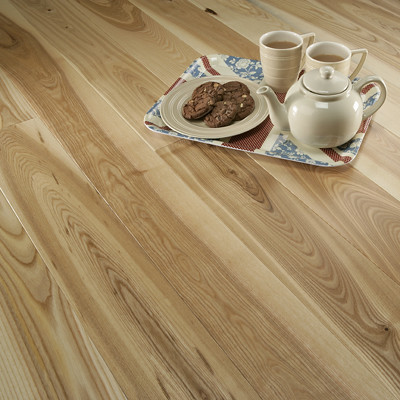 Florence Solid Wooden European Ash Flooring