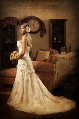 Kim Bridal ~ Vintage Bride part 3 (~Phamster~) Tags: wedding canon vintage bride dress quadra elinchrom 85l cacutsv4 thetexturedbride