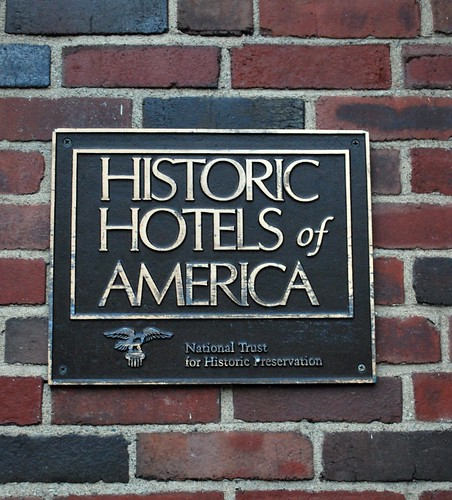 Plaque outside of the Hawthorne Hotel