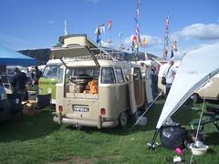 15-window camper