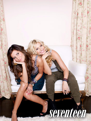 Ashley-Tisdale-Aly-Michalka-8