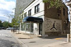 Air Blago (Eclectic Dyslexic) Tags: chicago de graffiti mole mul amuse moler blago blagoivch
