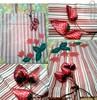 Sacola ecológica - Morango (Fuxico de Chita) Tags: de flor artesanal fuxico feltro tecido aplicação sacola ecológica customização sacoladefeira aplicaçãodefeltro sacolaecológica