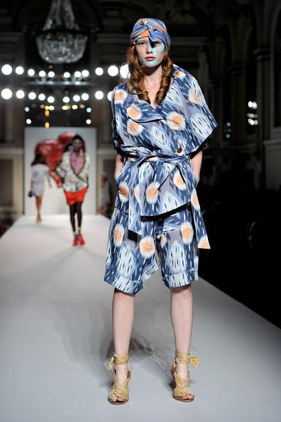 Vivienne+Westwood+Red+Label+Runway+LFW+Spring+RzH8jCU0dnfl