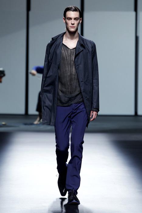Jonas Kesseler3147_SS11_Barcelona_Albino Deuxieme(curvaLL@mh)
