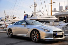 Nissan GT-R (Eden.cars) Tags: red black cars car port bahrain nissan cannes pierre ghost arab r porsche 164 rolls gt bugatti rs supercar canto royce 930 veyron gtr 996 gt3 arabs 993 997 r34 r35 gt3rs