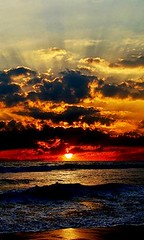 Dark_Sky (Umang the Baba) Tags: sea sunrise photography waves awesome collection gops gopsorg gopangnair