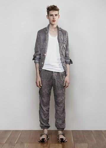 Jesper Larsson0086_sacai man SS11(Fashionsnap com)