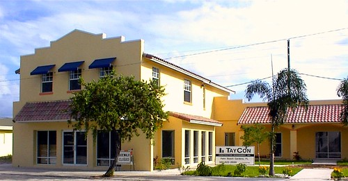 The Courtyard (via Florida Community Loan Fund)