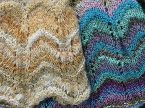 Side-by-side of handspun and Noro Aya