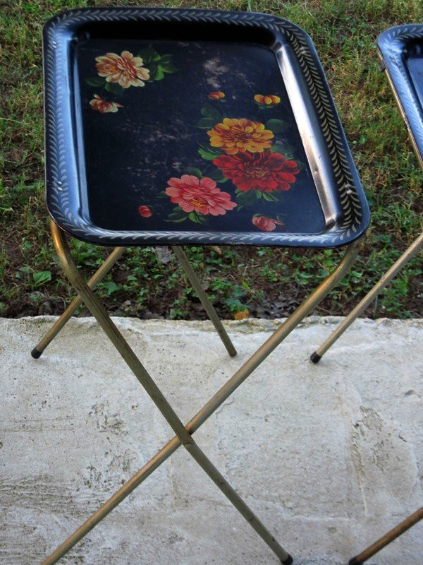 Vintage tray table