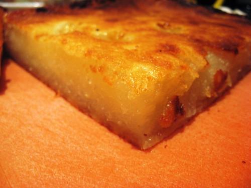 Bánh khoai mì (Vietnamese Cassava Coconut Cake)