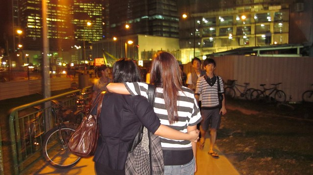 Much better when you walk around hugging someone :)) Sara and I felt less tired.