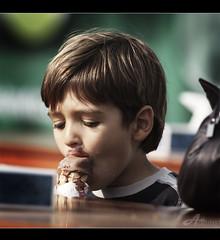 Ice Cream (ZiZLoSs) Tags: boy ice canon eos kid child cream 7d usm aziz abdulaziz عبدالعزيز f56l ef400mmf56lusm zizloss المنيع canoneos450d ef400mm 3aziz almanie abdulazizalmanie httpzizlosscom