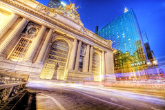 the Legendary Spot (Tony Shi Photos) Tags: park new york city nyc light urban newyork building station photo manhattan central grand midtown trail ave hyatt chrysler metlife hdr nuevayork gcs   iamlegend  nikond700   tonyshi