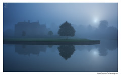 Twilight Fortress (Adam Edwards Photography) Tags: uk blue autumn england house mist cold reflection building castle sunrise dawn mood atmosphere landmark cotswolds medieval mysterious manor moat broughton oxfordshire banbury attraction midlands broughtoncastle adamedwards