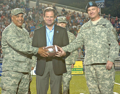 Old Dominion University recognizes Virginia National Guard (Virginia Guard Public Affairs) Tags: virginia football october guard 9 national rotc cadets 2010 olddominionuniversity briggenwright bgphillips