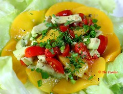 African Avocado Peach Salad (thaieyes) Tags: africa macro cooking recipe avocado salad essen bokeh eating african peach recipes makro salat salads mozambique kochen foodphotography salate africancuisine foodist afrikanischeküche