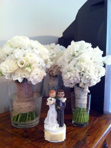 wedding cake topper & bouquets