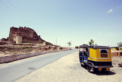 Rajasthan | Road To Mehrangarh Fort | Jodhpur (wazari) Tags: life people india art train person asia photographer place delhi culture journey trainstation destination backpacker newdelhi traveler travelphotography adventuretravel colorsofindia iloveindia ilovetravel peopleandplace wazari wazariwazir placeanddestination