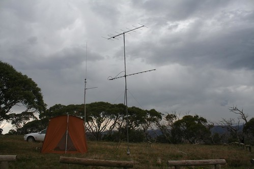 "VHF field day antennas • <a style=""font-size:0.8em;"" href=""http://www.flickr.com/photos/10945956@N02/5189747417/"" target=""_blank"">View on Flickr</a>"