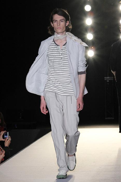 SS11_Tokyo_LANVIN en Bleu007(Fashionsnap)