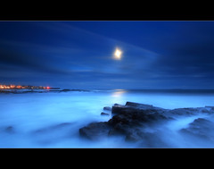 Anstruther Moonlight (angus clyne) Tags: new old blue light sea moon fish storm haven black wet water rock wall night dark landscape scotland town fishing long exposure shine nightscape wind harbour fife angus south north rocky scottish wave east forth moonrise fleet boad hamlet herring anstruther firth clyne shote nuek platinumphoto colorphotoaward seaacape
