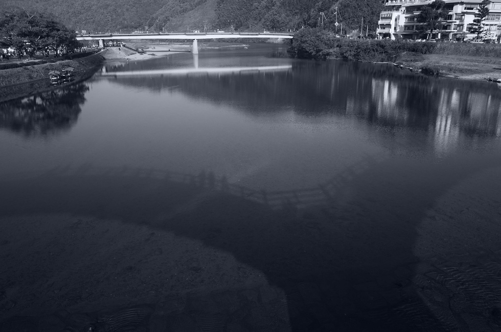 the shadow of Kintai Bridge