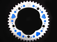 blue_heart_chainring_04 (Candy Cranks) Tags: bicycle singlespeed fixed chainrings 144bcd 130bcd candycranksheartchainrings
