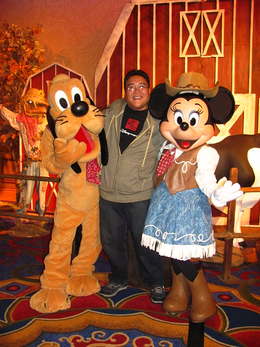 Meeting Farmers Pluto and Minnie at A Disney Family Thanksgiving Feast
