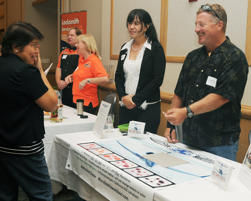 Hawaii small business at contracting forum
