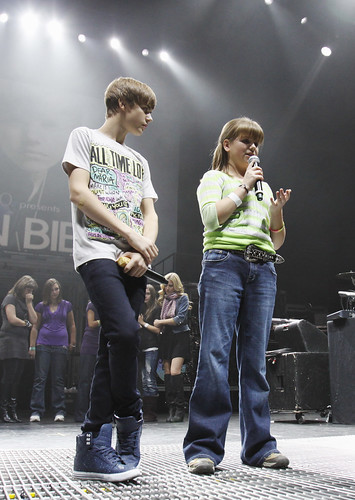 justin bieber on stage 2011. Justin Bieber with Katrina on