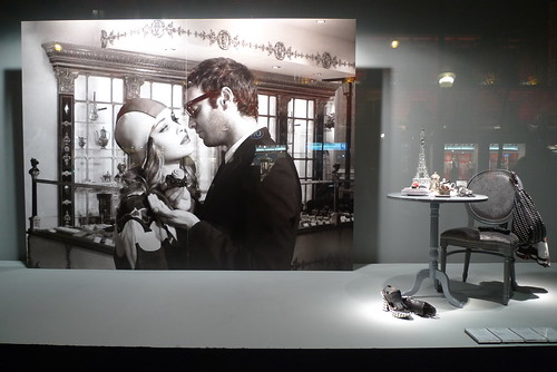 Vitrines du Printemps - photos Bettina Rheims - Paris, février 2011