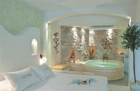 Astarte Honeymoon suite with private Jacuzzi Santorini