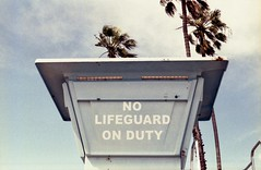 No Lifeguard On Duty (edwardconde) Tags: lifeguard film minolta c200 x570 fujicolor200 california santabarbara c41 carpinteria self processed aristac41kit