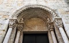 Empordà_1380 (Joanbrebo) Tags: santvicençdebesalú besalú girona garrotxa esglèsia iglesia church canoneos80d eosd autofocus
