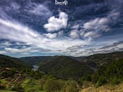 Cabo do Mundo (danielfi) Tags: ribeira sacra galicia galiza cabo do mundo paisaje landscape río river miño ngc cielo sky