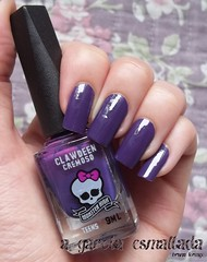 Esmalte Clawdeen, da Monster High (Biotropic). (A Garota Esmaltada) Tags: agarotaesmaltada unhas esmaltes nails nailpolish manicure roxo purple clawdeen monsterhigh biotropic