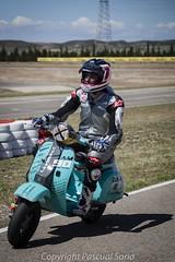 24 Horas Vespa 105 (calico1510) Tags: spain españa aragón zaragoza zuera canon nikon carrera resistencia 24horas vespa internacional circuito circuitointernacional