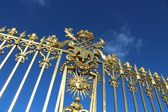 IMG_2559 (valentinperrier) Tags: versailles chateaudeversailles or portail