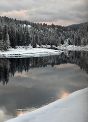 Western Montana (Adventurer Dustin Holmes) Tags: 2017 montana westernmontana river mountains winter snow scenery landscape beautiful spectacular breathtaking sunrise