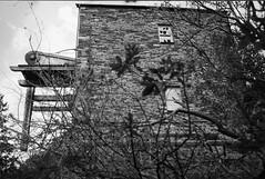 WSQ082 - Dorothea Quarry - Nantlle (www.jhluxton.com - John H. Luxton Photography) Tags: slateindustry industrialarchaeology industrialheritage wales cymru uk 1989 slate quarry nantlle dorothea dorotheaquarry cornishengine industrialhistory holman cornishbeamengine