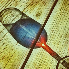 Rose (Ruud Otter) Tags: shadow light iphone wijn wine abstract glas