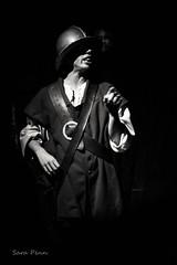 Actor in shadow (penn.sara) Tags: man shadow light actor workinprogress phography photography photo photographer insta nikon nikonphotography d5500 london londra londoneye attraction westminsterbridge westminster
