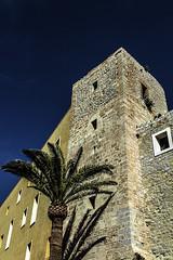 Torre del castillo de Ibiza (ibzsierra) Tags: torre tower castillo castell castle cielo azul blue sky historia history ibiza eivissa baleares canon 7d 24105 is ysm2