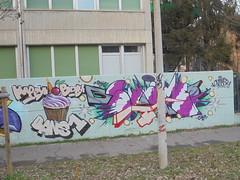 happy bday bans1 (en-ri) Tags: bans svame boc bocs crew torino wall muro graffiti writing svamer1 bianco rosso viola arrow tortina candela